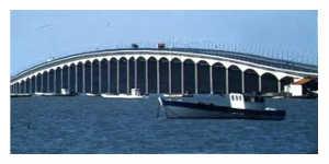 Un péage sur le pont de l'Ile d'Oléron