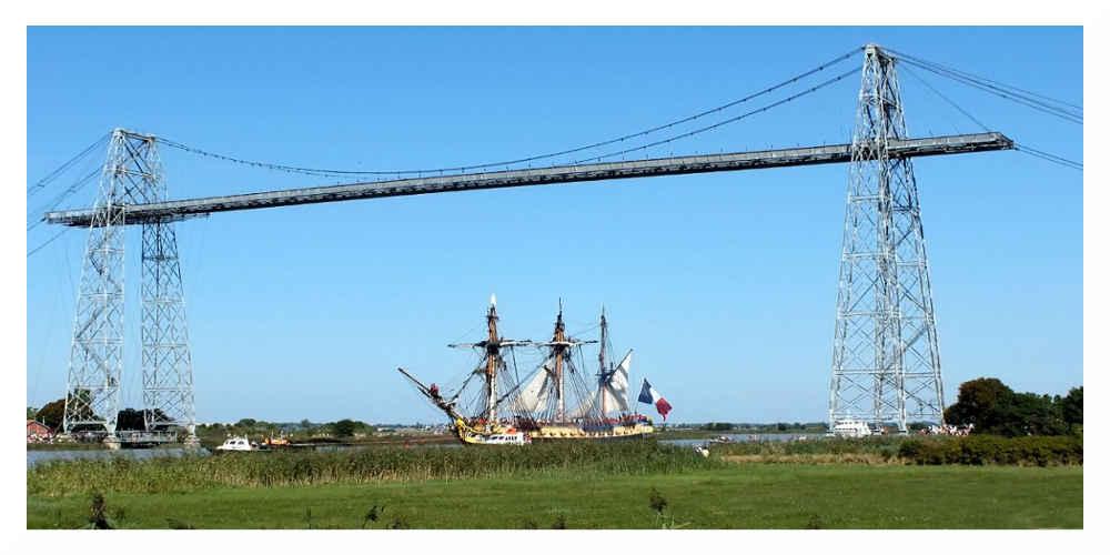 Le chantier spectaculaire du pont transbordeur de Rochefort