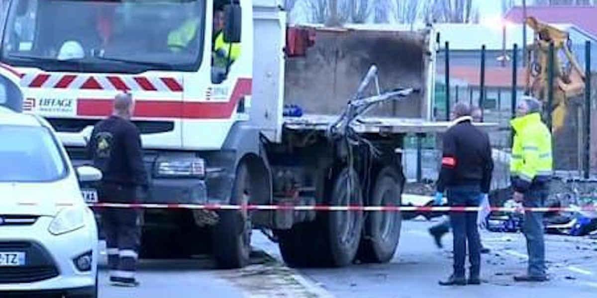 Eiffage mis en examen dans l'accident de car à Rochefort en 2016